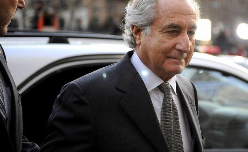 Madoff purga una sentencia de 150 años en prisión. (observer.com)