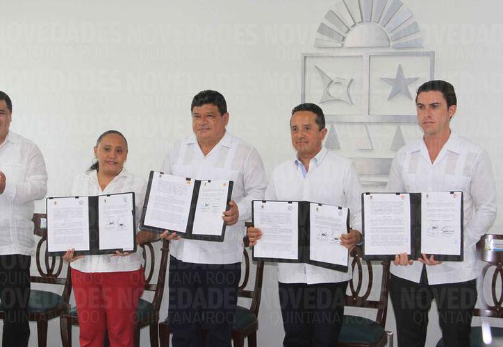 El miércoles se firmó el convenio para la operación de un Mando Único policial entre Solidardad, Benito Juárez y Othón P. Blanco, que estará a las órdenes del gobernador de Q. Roo. (Benjamín Pat/SIPSE)