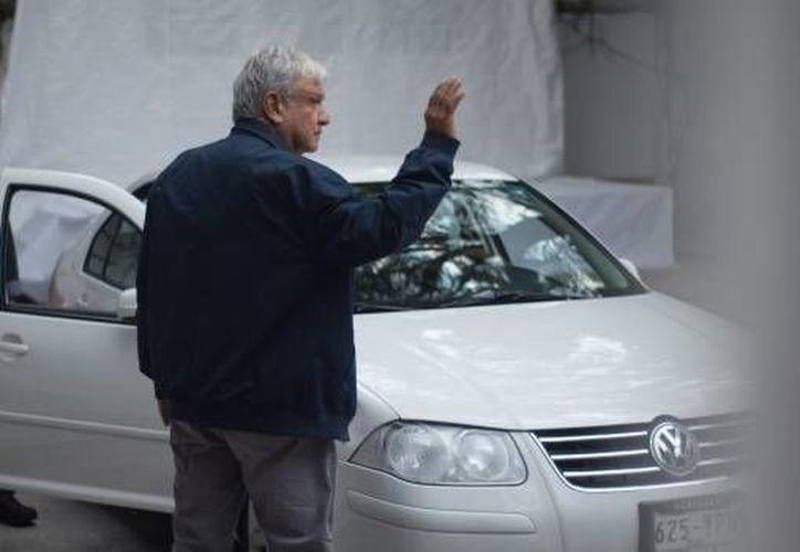 De acuerdo con el periodista, López Obrador debía someterse a una operación antes de su campaña. (SDP Noticias)