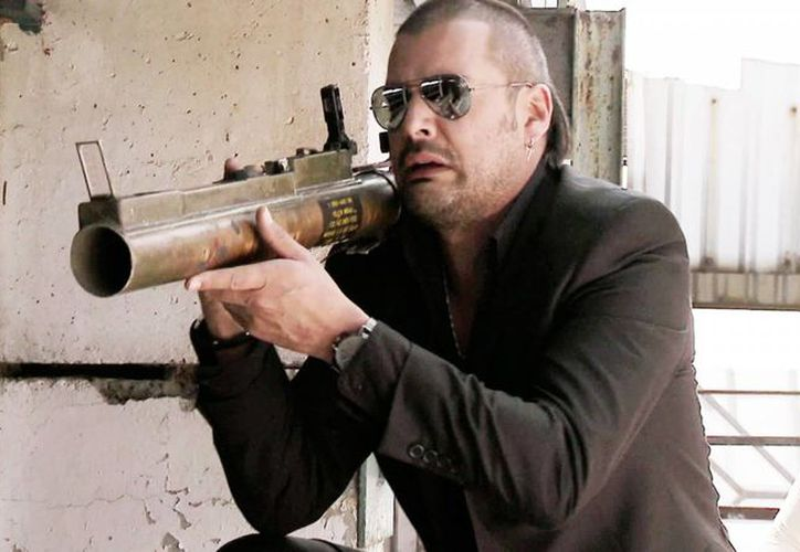 El actor Tommy Vásquez en su interpretación del 'Tijeras' en la exitosa serie 'El Señor de los Cielos', la cual estrenará su cuarta temporada en México para octubre del 2016. (telemundo.com)