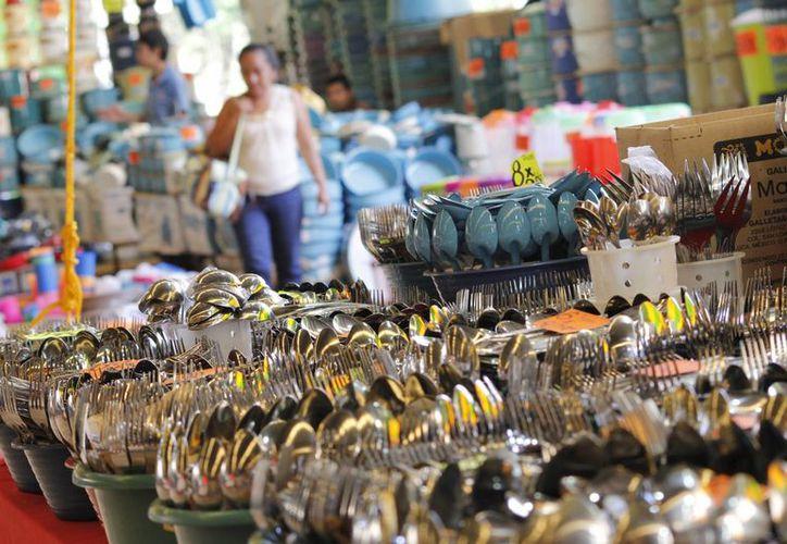 En la Feria Yucatán se puede encontrar cualquier tipo de artículos. (Foto: Cortesía)