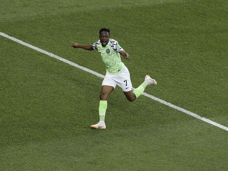 Con dos goles de alta calidad, el nigeriano Ahmed Musa es una de las figuras en lo que va del Mundial (Foto: AP)