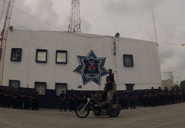 """Anunciaron el operativo durante el evento """"Cumpliendo un Sueño"""", en las instalaciones de la corporación policíaca. (Juan Estrada/SIPSE)"""
