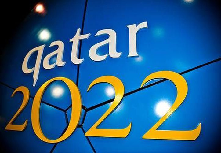 Algunas voces han insistido en que no se puede jugar en verano en Qatar. (Agencias)