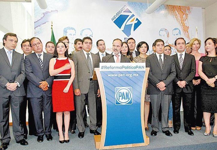 Gustavo Madero encabezó la presentación del documento. (Milenio)