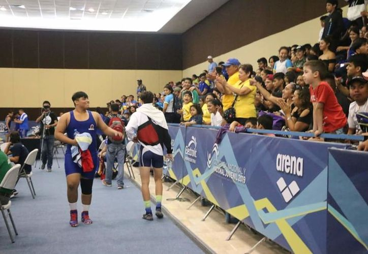 Rodrigo Orozco se presentó en el estilo Libre, dentro de la categoría de los 125 kilogramos Juvenil. (Miguel Maldonado)