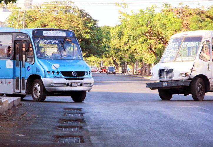 Los trabajos de repavimentación se realizaron en los dos carriles de la avenida Itzaes de Mérida. (Milenio Novedad)