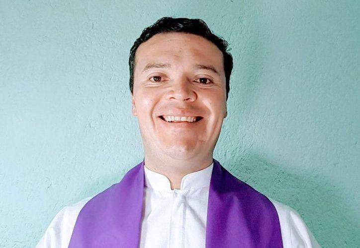 Es la primera vez que el portal premia a un ministro religioso a nivel mundial, el reconocimiento fue para Sergio Arguelles. (Vanguardia MX)