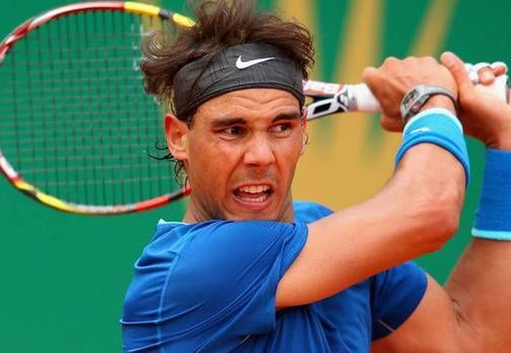 Rafael Nadal bajó a su peor lugar en el ranking en 10 años, tras la derrota sufrida en el torneo de Roland Garros a manos de Djokovic. (AP)