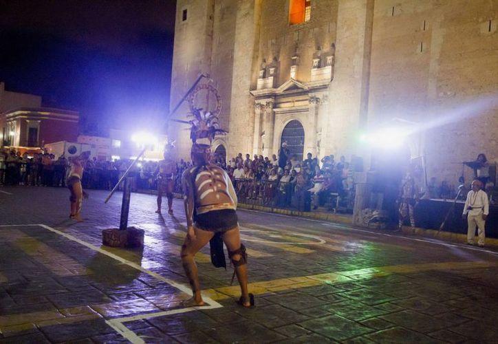 Mérida es una ciudad con un alto nivel cultural. En la imagen, desarrollo del ancestral Pok Ta Pok (juego de pelota maya), en la plaza central. (Notimex)