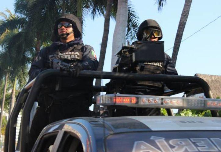 Agentes federales se unieron a estatales y a militares para instalar un na Base de Operaciones Mixtas (BOM) en la localidad de Polixtepec, Guerrero, tras un enfrentamiento que dejó 3 comunitarios muertos. (Foto de contexto)