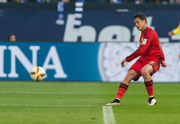El mexicano consumó la victoria de su equipo, el Bayer Leverkusen, en la jornada 31 de la Bundesliga. (Archivo EFE)