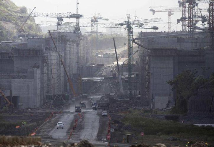 La entrega de los trabajos de ampliación del Canal de Panamá fue reprogramada para el año 2015. (Agencias)