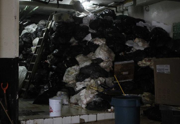 Plaza Las Américas evadió el pago de dos toneladas de basura. (Sergio Orozco/SIPSE)