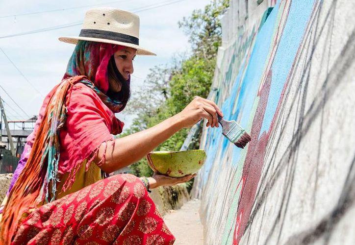 Varios Barrios muestra la integración de artistas y su visión hacia la sociedad. (Foto: Cortesía)