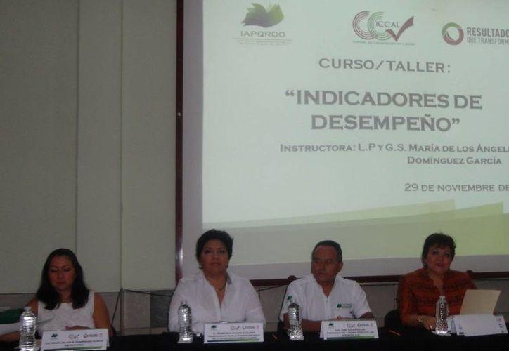 El delegado municipal del Instituto de Administración Pública del Estado de Quintana Roo, Adolfo Pérez Valencia, informó que 47 servidores públicos participaron. (Redacción/SIPSE)
