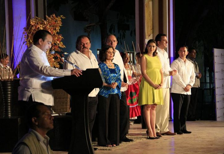 El encargado de inaugurar el evento fue el gobernado del Estado; dicho evento ya dio inicio en Cancún. (Harold Alcocer/SIPSE)