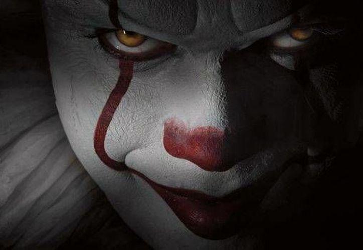 La nueva versión de la cinta de terror <i> Eso</i>, basada en la novela de Stephen King, concluyó filmaciones. La película se estrenará en septiembre de 2017. (Milenio Digital)