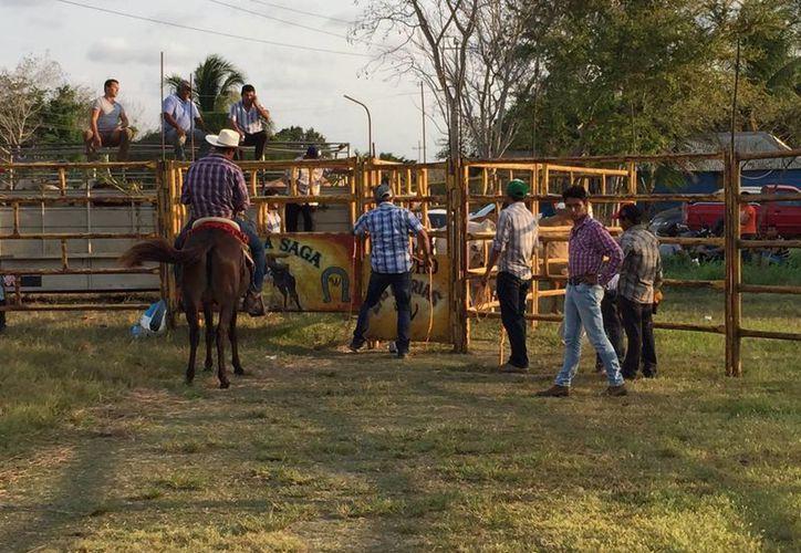 Durante el fin de semana se contabilizó la presencia de por lo menos cinco mil visitantes, que acudieron a los diferentes eventos. (Edgardo Rodríguez/SIPSE)