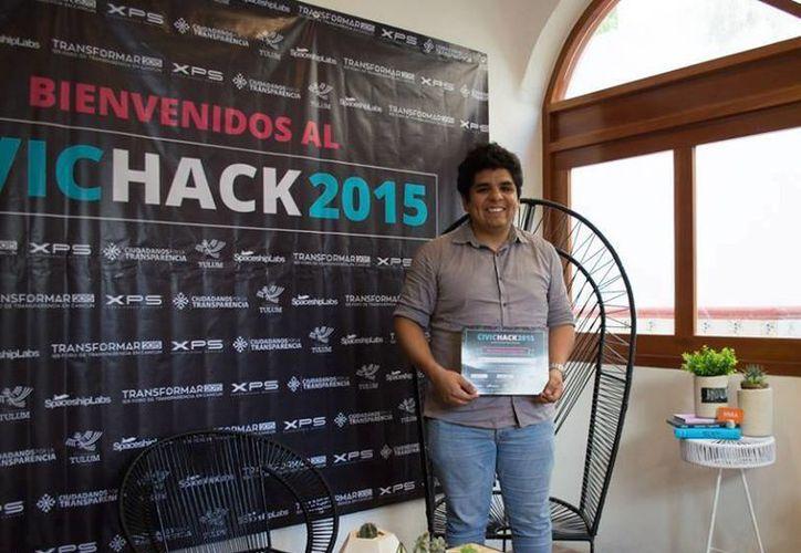 El ganador de la actividad fue César Serrano, egresado  de la Unicaribe. (Redacción/SIPSE)