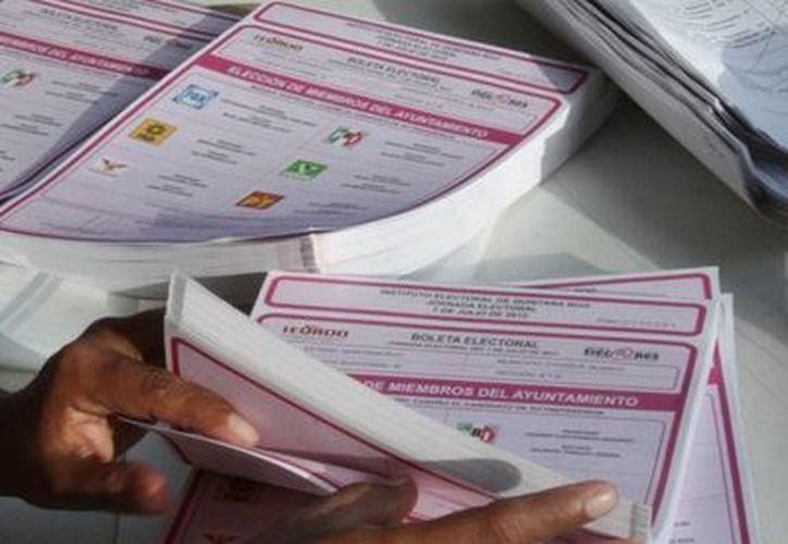 Dan por terminadas las elecciones en Río Hondo. (Edgardo Rodríguez/SIPSE)
