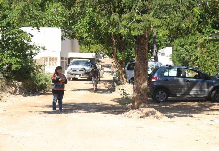 La calle 39 de la colonia Ejidal solicitó a Aguakán que se les provea del servicio. (Adrián Barreto/SIPSE)