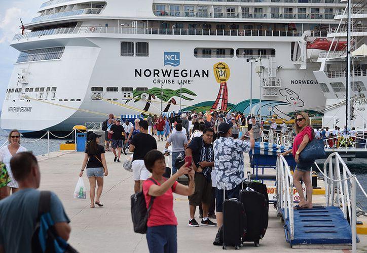 Hasta la fecha han llegado a la Isla de las Golondrinas dos de los cinco barcos nuevos anunciados por las navieras para esta temporada alta. (Gustavo Villegas)