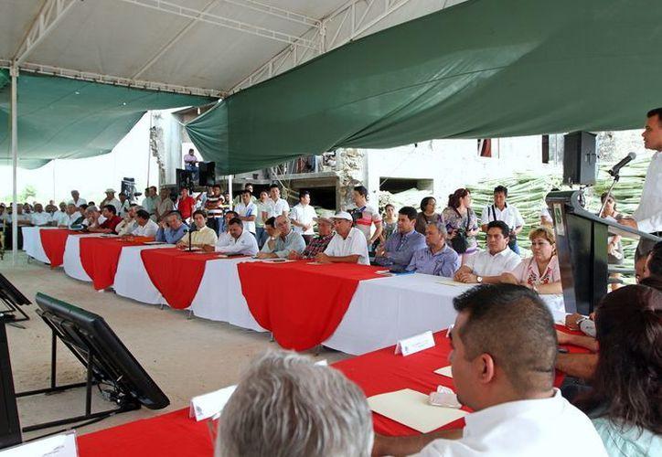 El gobernador Rolando Zapata instaló el Consejo Estatal para el Desarrollo Rural Sustentable. (Cortesía)