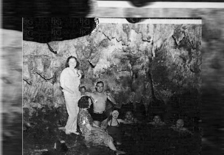 Varios cenotes de Mérida fueron utilizados como albercas, algunas públicas. (Sergio Grosjean/SIPSE)