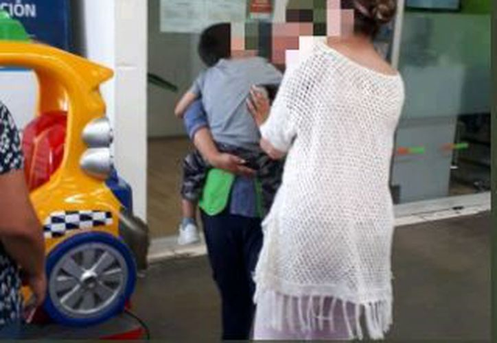 El niño había sido reportado como extraviado por personal de la guardería. (Twitter)