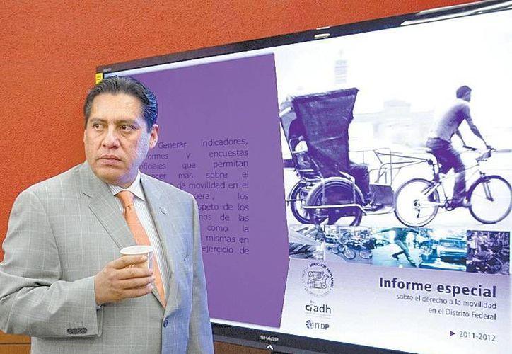 """Luis González Plascencia, titular de la CDHDF, tiene """"indicios"""" de visitadores que efectivamente hay algún tipo de privilegio para la """"maestra"""". (Milenio)"""