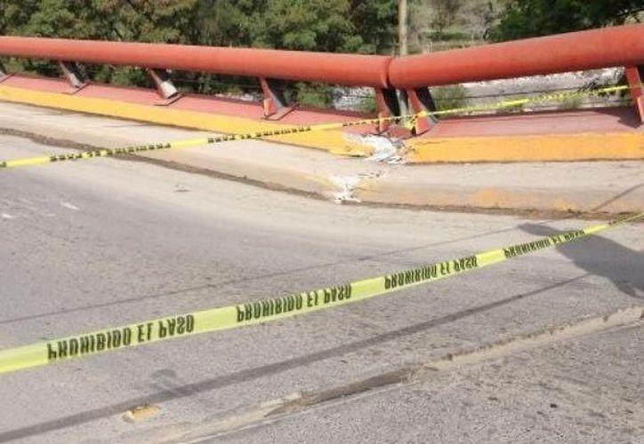 Uno de los puentes afectados tendrá que ser demolido. (www.wordpress.com)