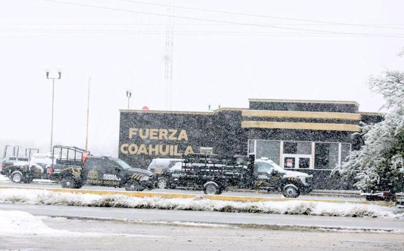 Coahuila se viste de blanco por caída de agua nieve