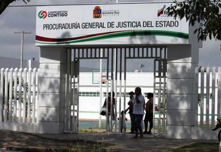 Familiares de la detenida aseguran que padece hipertensión y por ello necesita sus medicamentos, pero hasta la fecha no les han permitido verla. (Francisco Sansores/SIPSE)