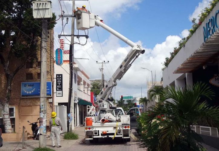 La Comisión Federal de Electricidad (CFE) registró pérdidas económicas que ascienden a los 21.8 millones de pesos. (Octavio Martínez/SIPSE)