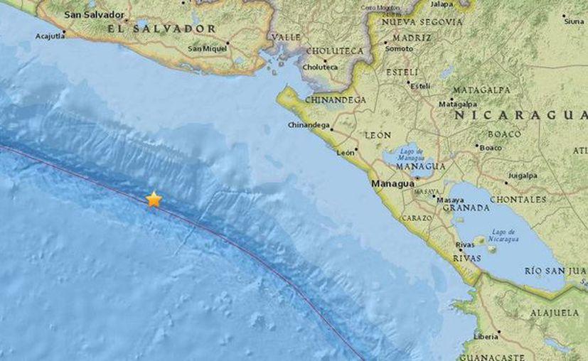 Un terremoto de 7.2 grados, con epicentro en el Pacífico frente a las costas de El Salvador, sacudió este jueves al menos tres países centroamericanos, informó el Ministerio del Ambiente en San Salvador. (cnn)