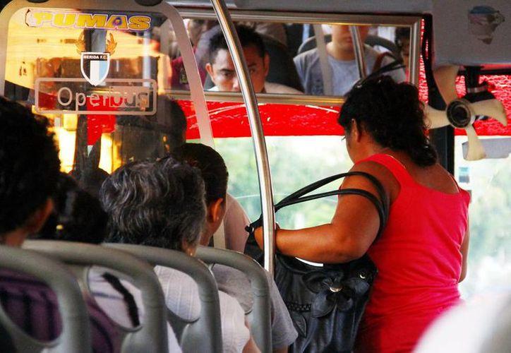 Los inspectores vigilarán que los operadores de transporte público brinden un trato amable y se respete al usuario. (Milenio Novedades)