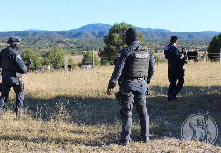 La Fiscalía local confirmó el ataque a la comandancia y la muerte del elementos de la policía municipal. (Foto: Diario)
