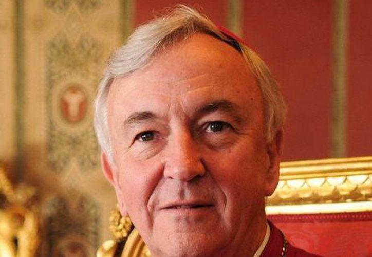 Las posiciones de Nichols fueron particularmente duras en relación a la ley británica sobre matrimonios homosexuales. (wordpress.com)