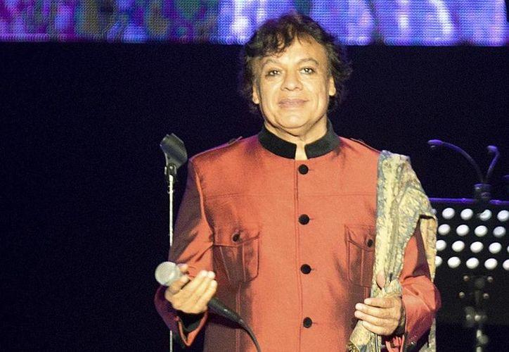 Juan Gabriel falleció el domingo a temprana hora en su residencia de la ciudad de Santa Mónica.(Martin Mejia/AP)