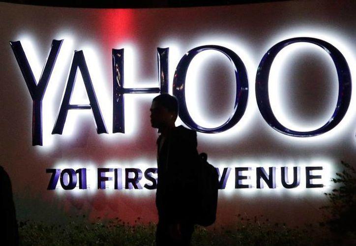 Tras varios años de pérdidas, finalmente Yahoo! dio su brazo a torcer, y 'se dejó' comprar por Verizon. (Archivo/AP)