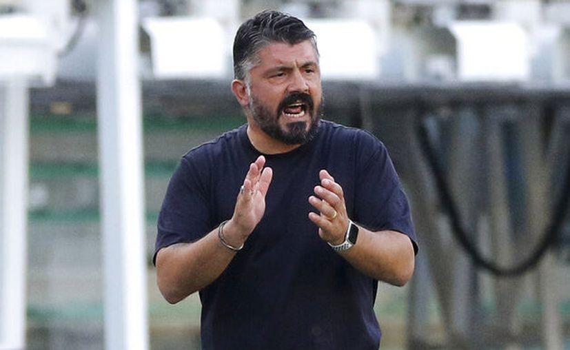 """Gennaro Gattuso volvió a darle minutos al """"Chucky"""", en la victoria napolitana de este domingo sobre el Spal. (Foto: AP)"""