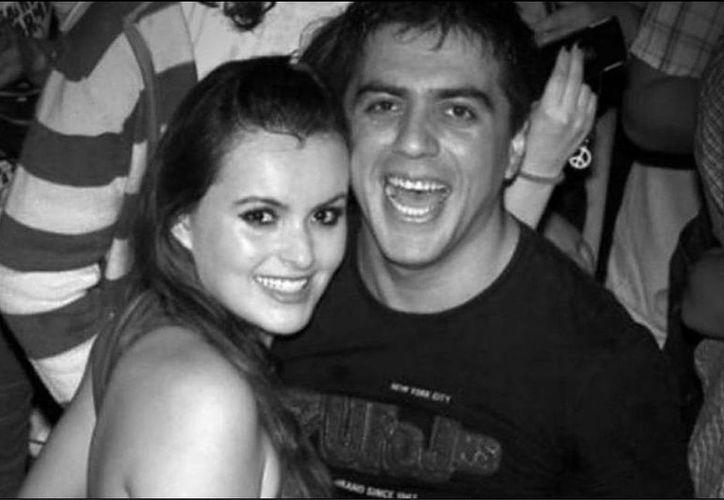 Imagen de la pareja que contrajo nupcias en el día de San Valentín. (Tomada del portal www.lanación.com.ar)