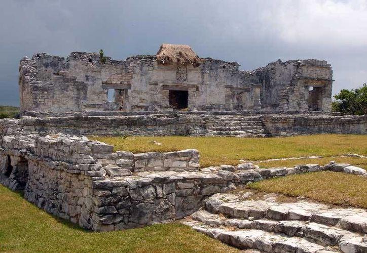 El INAH invita a recorrer las 18 zonas arqueológicas que hay en Quintana Roo. (Internet)