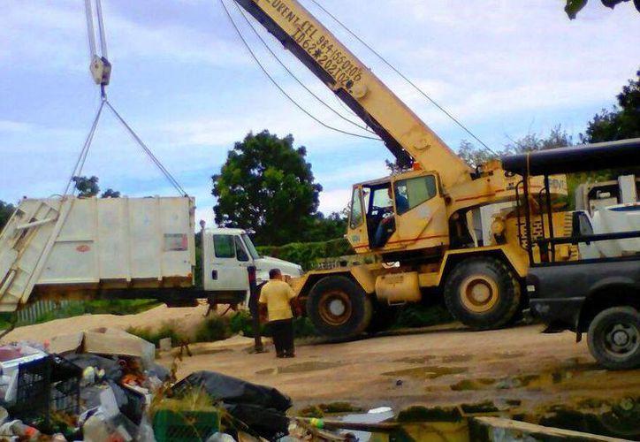 A la fecha el servicio de recoja de basura se está operando con 16 camiones compactadores. (Daniel Pacheco/SIPSE)