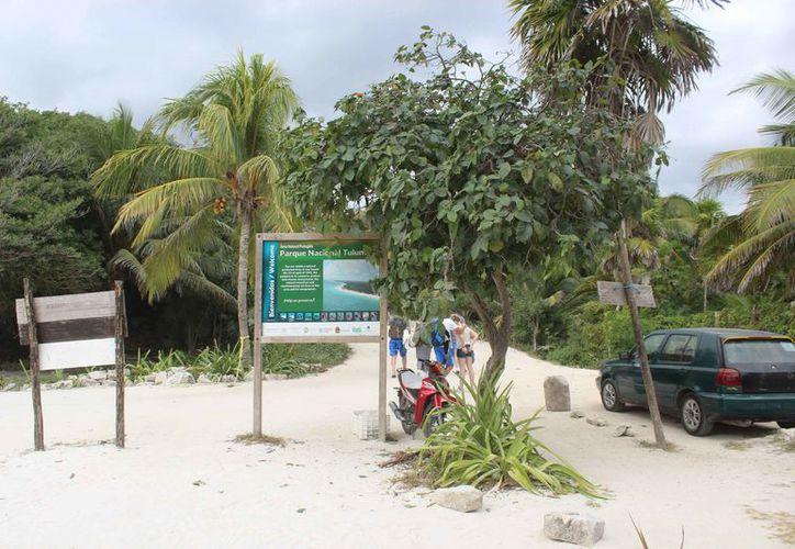 Las playas del Parque Nacional son concurridas por turistas y habitantes de la localidad. (Sara Cauich/SIPSE)