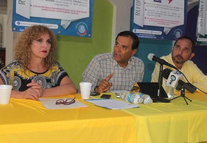 Senadores de Tamaulipas, Nuevo León y Baja California, apoyan a Luz María Beristáin Navarrete. (Hugo Zúñiga/SIPSE)