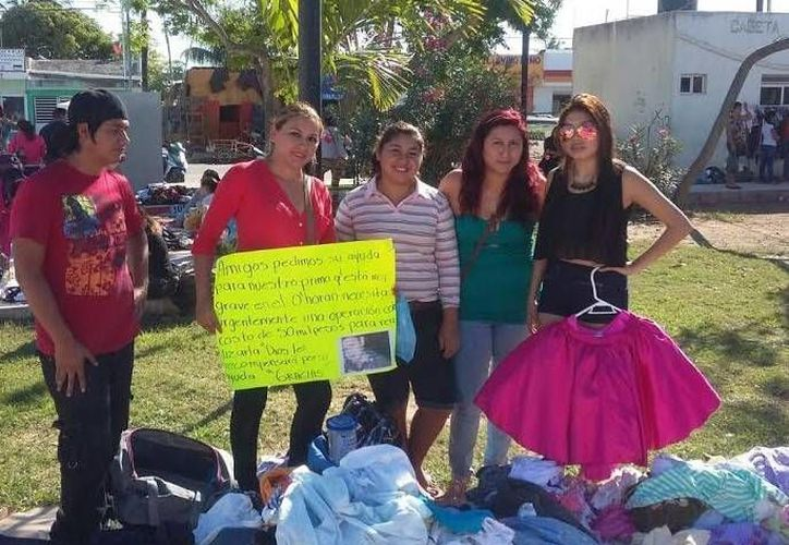 Familiares y amigos de Javier Eduardo Echeverría Gamboa realizan actividades para recaudar fondos. (Óscar Pérez/SIPSE)