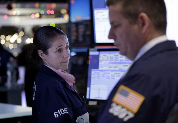 El jueves pasado, Dow Jones registró su mejor día en tres años. (AP)