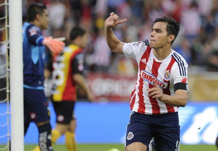 Omar Bravo igualó el marcador al minuto 82. (Foto: Jam Media)